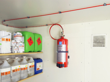 Compact extinguishing system
