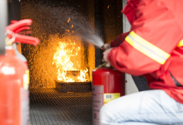 Using small fire extinguishers