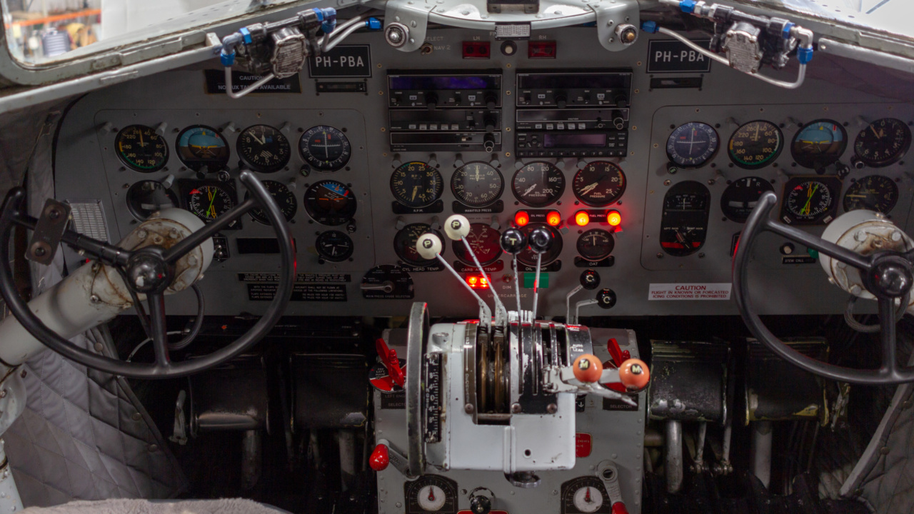 Brandbeveiliging van historisch DC-3 Dakota vliegtuig 3