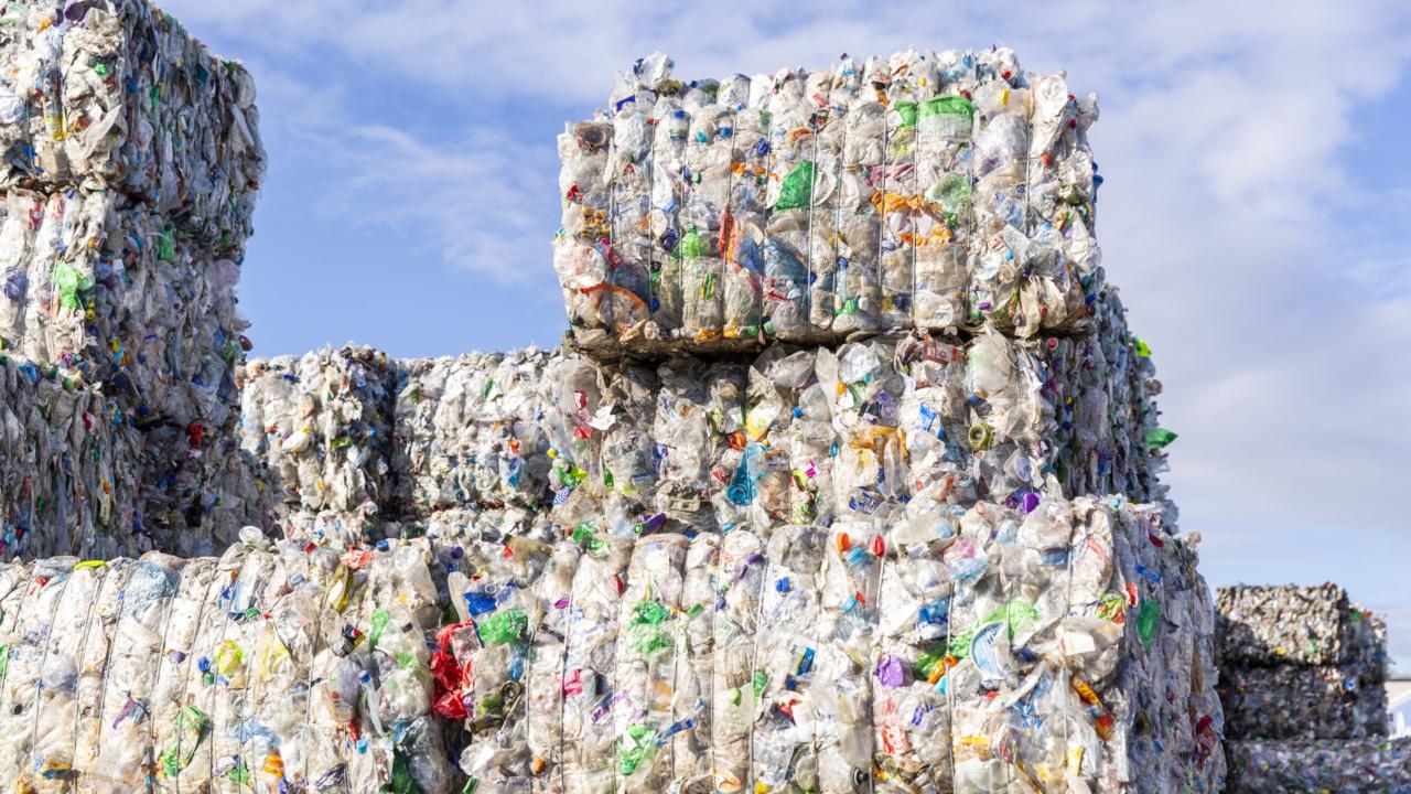 Sprinkler en blusgasinstallatie voor PET recycler