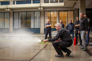 Watermist blusser demonstratie op Universiteit 2