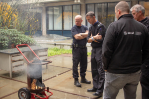 Watermist blusser demonstratie op Universiteit 3