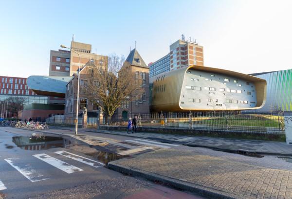 300 duurzame brandblussers voor Rijksuniversiteit Groningen