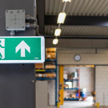 Noodverlichting in logistieke omgeving 3