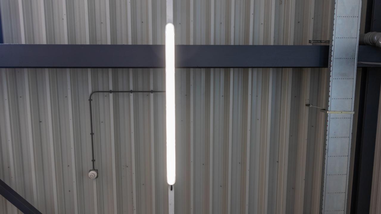 Noodverlichting in logistieke omgeving 17