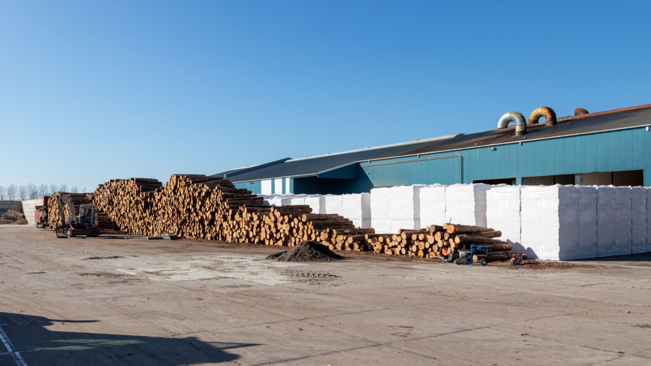 Automatische brandbeveiliging van schakelkasten bij houtverwerker 1